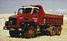terberg truck _ Reed niet verkeerd dit type. Heb er gedurende een half jaar op mogen sturen bij de firma Meulenbroeks toen bij de uitbreiding van Centerparks nabij Coevorden.