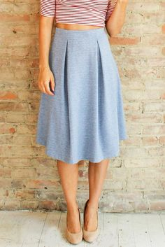 Tres Classic Midi Skirt | Glamour and Glow