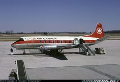 Air Canada Vickers 757 Viscount CF-THM awaiting its next complement of passengers at London-International (Ontario), April 1971. (Photo: Gary Vincent)