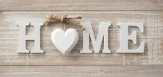 Pallet Crafts, Pallet Art, Wooden Crafts, Diy And Crafts, Wooden Plaques, Wooden Signs, Decoration Shabby, Diy Signs, Decoration Home