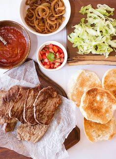 Minute Steak Prego Rolls Minute Steaks, Steak Rolls, Food Menu, Food Food, Vegetable Puree, Rolls Recipe, Steak Recipes, I Love Food, Healthy Recipes
