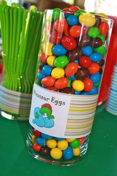 Dinosaur eggs -M&MS for a dinosaur party Dinasour Birthday, Dinosaur Birthday Party, 4th Birthday Parties, Birthday Fun, Birthday Ideas, Dinosaur Themed Food, Dinosaur Party Games, Dinosaur Snacks, Birthday Party Foods