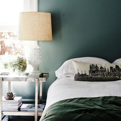 Bedroom-with-sage-green-walls-620x620.jpg (620×620)