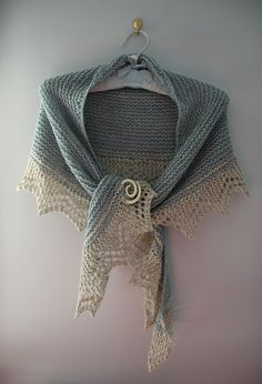 Easy Lace Knitting Pattern. To learn lace knitting, go to http://knitfreedom.com/classes/lace-knitting. (c) OatieP2