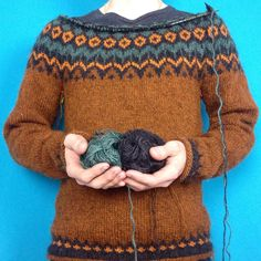 Fair Isle Knitting, Knitting Yarn, Hand Knitting, Norwegian Knitting, Icelandic Sweaters, Fair Isle Pattern, Knitting Projects, Textiles, Knitting Patterns