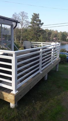 Wood Deck Railing, Screened Porch Designs, Modern Fence Design, Outdoor Spaces, Outdoor Decor, Back Deck, Backyard For Kids, Porch Swing, Pergola