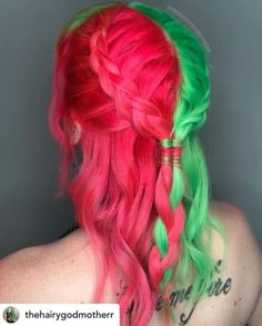 Do you want to stand out this summer? Watermelon hair is the perfect summer hair color! Here are some super fun summer hair color ideas that will ensure you turn heads this year. Two Color Hair, Cute Hair Colors, Hair Dye Colors, Cool Hair Color, Vibrant Hair Colors, Colorful Hair, Half And Half Hair, Split Dyed Hair, Creative Hair Color