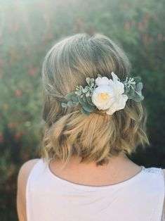 Beatrice Artificial Flower Bridal Hair Comb-Wedding Flower Hair Accessories-Real Touch Floral Head Piece-Mother Of The Bride Hair Accessory Floral Wedding Hair, Wedding Hair Flowers, Hair Comb Wedding, Wedding Hair Pieces, Floral Hair, Flowers In Hair, Bridal Comb, Flower Hair Clips, Green Flowers