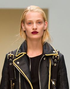 La bouche burgundy de Burberry Prorsum à la Fashion Week de Londres
