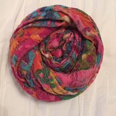 Madewell Scarf Worn lightly in perfect condition! Madewell Accessories Scarves & Wraps