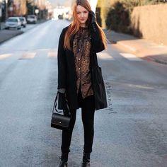 Anna Berezowska OTIANNA  ❤️ Snapchat: otianna.pl Blog! -> www.otianna.pl #new #post #kiss #blog #otianna #lookbook #outfit #ootd #kobieta #woman #suede #simple #dress #fashion #lbsdaily #poland #polish #polishgirl #hair #rude #follow #blogger #fblogger #hm #me #girl #now #stylovepolki