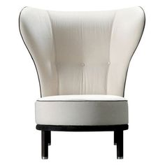 giorgetti I would love to use this in my dressing room. Chanel inspired?. :)