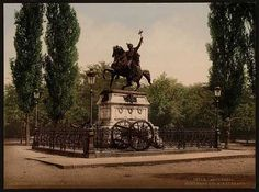 """Bucharest photos from the first decades of the century - mostly from the interwar period (between the two World Wars). ♦ The end of """"Little Paris"""" (click photo) ♦ Interwar Period, Little Paris, Art Sculpture, Click Photo, Bucharest, World War Two, Vintage Postcards, Statue Of Liberty, The Past"""