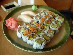 What a work of art!    http://www.sushi-selber-machen.org