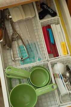Keep drawers de-cluttered by utilizing these separate compartments for like-shaped, -sized or -purposed utensils.