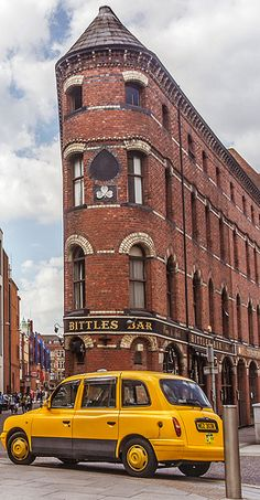 #Bittlesbar bevindt zich in één van de oudste gebouwen van #Belfast. #Irishpub