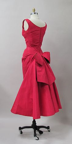 Cocktail dress Designer: Charles James (American, born Great Britain, 1906–1978) Manufacturer: (sample made for) Samuel Winston Date: 1952–53 Culture: American Medium: silk