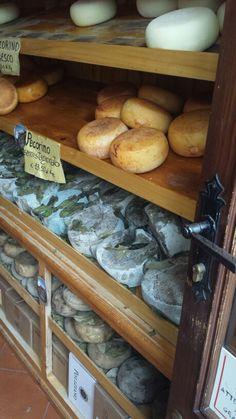 Pienza con il suo pecorino  #pecorino #tuscany #pienza
