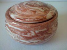 Cecilia Fdez. Caja cerámica esmaltada.