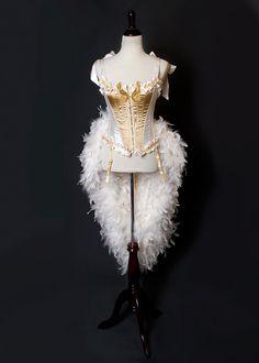 Well thatseresting this is victorias secret btw hm deluxe gold cream las vegas goddess burlesque corset costume fantasy sexy adult womens halloween costume custom corset costumesdiy solutioingenieria Images