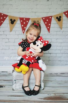 Minnie Mouse Disney  birthday party theme polka dots for a two year old girl