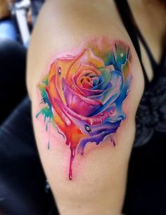 Rainbow coloured rose - This is one of my favorite best flower tattoos over the internet. Some love red roses, some love white, or blue, but a multi-colored tattoo beats them all! (One of Ellies tattoos) Watercolor Tattoo Sleeve, Watercolor Rose Tattoos, 3d Rose Tattoo, Coloured Rose Tattoo, Rose Flower Tattoos, Tatoo 3d, I Tattoo, Sternum Tattoos, Tattoo Pics
