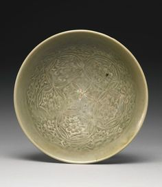 A 'Yaozhou' Celadon 'medallion' bowl, Northern Song dynasty