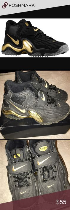 Zoom Air Nikes Gold & Black Good condition only thing wrong is the gold part on the side of both shoes are quite a bit scratched up. Size:8 Nike Shoes Sneakers