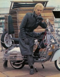 Sting of The Police dressed as a mod for the movie, Quadrophenia looking very bad ass on a Vespa! Mod Scooter, Lambretta Scooter, Vespa Scooters, Scooter Girl, Scooter Garage, Ac Fan Motor, Motor Scooters, Mod Fashion, Motorbikes