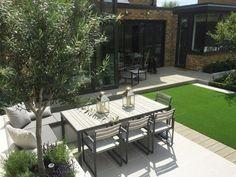 Modern family garden in Clapham – Harrington Porter – small Modern Garden Design, Garden Landscape Design, Modern Garden Furniture, 3d Landscape, Modern Design, Small Gardens, Outdoor Gardens, Zeina, Family Garden