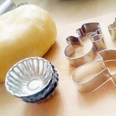 Recept na linecké těsto krok za krokem Icing, Dishes, Sweet, Recipes, Hardanger, Candy, Tablewares, Recipies, Ripped Recipes