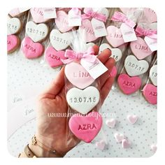 New cupcakes decoration amor bridal shower ideas Fancy Cookies, Iced Cookies, Cookies Et Biscuits, Sugar Cookies, Fondant Cookies, Royal Icing Cookies, Cupcake Cookies, Valentine Cookies, Valentines