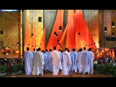 Taize - Nada te turbe (Let nothing disturb you) - A chant to hold in my heart as a reminder that every breath can be peace, if I let it.