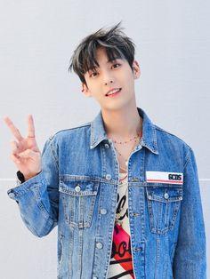 Denim, Jackets, Btob Minhyuk, Cube Entertainment, In This Moment, Fashion, Down Jackets, Moda, Fashion Styles