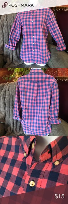 d44936d7c87e American Eagle AEO Pink   Blue Checkered Shirt American Eagle Outfitters  Athletic Fit Condition  Excellent