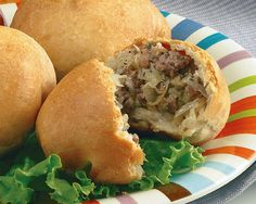 Runzas (Bierocks) Recipe - Servings: 12 Skills: Intermediate Prep Time: 15 min (not including thaw time) Bake Time: min Mini Quiches, Frozen Dinner Rolls, Beef Recipes, Cooking Recipes, German Food Recipes, Pan Relleno, Great Recipes, Favorite Recipes, Beef Dishes