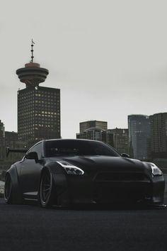 GTR  Black