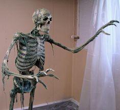 corpsing and decaying skulls Halloween Forum member | Halloween ...
