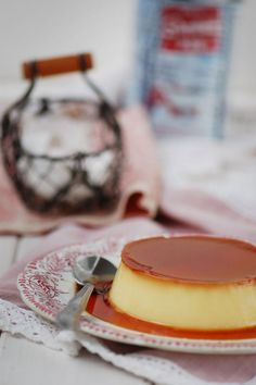 Natrel offers quality and innovative milk products created with enthusiasm by our cooperative of Canadian farmers. We are inspired by nature, and you can taste it in everything we do. Caramel Custard Recipe, Custard Recipes, Milk Recipes, Dinner Dates, Milk Products, Lactose Free, Flan, Panna Cotta, Bakery