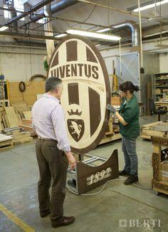 Work in progress Juventus coat of arms. #parquet #parquetlovers