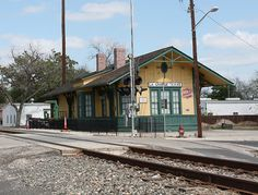 Railroads not only provided the steam engines to move the people and products, they also provided the steam behind the industrial revolution. Old Train Station, Train Stations, Scale Model Architecture, Railroad Pictures, Rail Car, Old Trains, Castle In The Sky, Train Pictures, Colorado Homes