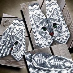 Hand Knit Kitty Mittens - Ravelry: Missy C pattern by JennyPenny