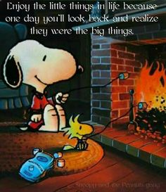 I wish you a comfortable Saturday. – Peanut Gang / Snoopy & Woodstock Source by Saturday Morning Quotes, Happy Saturday, Saturday Images, Happy Weekend, Saturday Greetings, Hello Weekend, Happy Friday, Charlie Brown Christmas, Charlie Brown And Snoopy