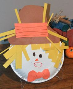 Every kid should be able to make fun easy crafts to welcome the wonderful season of fall. This Paper Plate Scarecrow Face will definitely have your kids excited for fall and everything that it has to offer. | AllFreeKidsCrafts.com