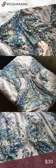Free People Floral Cape Dress NWOT! Beautiful dress with v Neck. Free People Dresses