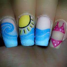 beach nail art Painted Nail Art, Acrylic Nail Art, Glitter Nail Art, Gel Nail Art, Gel Nails, Nail Polish, Beach Nail Art, Beach Nails, Beach Art