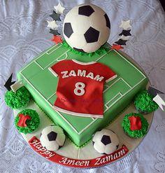 Soccer Birthday Cakes, Special Birthday Cakes, Football Birthday, My Birthday Cake, Baby Boy Birthday, 9th Birthday, Soccer Ball Cake, Soccer Party, Harry Birthday