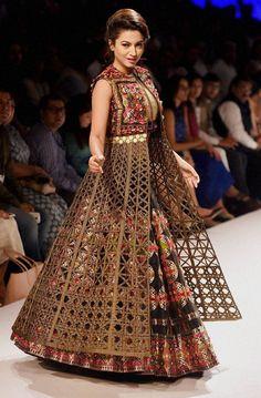 Buy Online Punjabi Wedding Lehenga Designer Collection Call/ WhatsApp us 77164 Pakistani Wedding Dresses, Indian Dresses, Indian Outfits, Pakistani Suits, Pakistani Bridal, Indian Bridal, Kurti Designs Party Wear, Lehenga Designs, Indian Designer Outfits