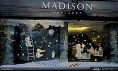 Madison Perfumery Christmas window display, Bucharest visual merchandising