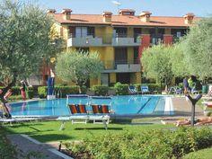 Apartment Villaggio dei Fiori – Sirmione for information: Gardalake.com